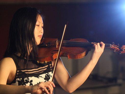 Angela Ryu, violin